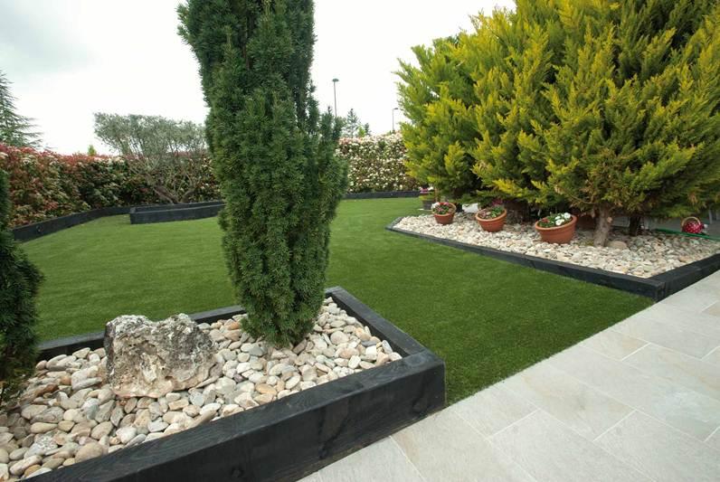 jardin bajo mantenimiento abaigar club cliente jardineria echarri 2