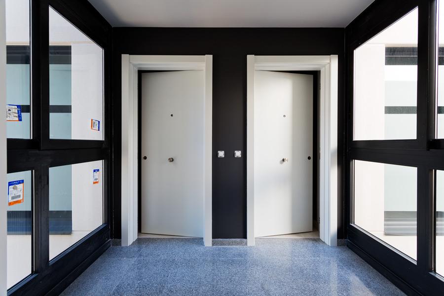 Abaigar artiberri vestibulo entrada